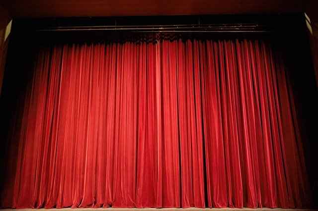 Theatervorhand - Quelle: Pixabay.com